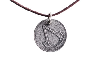 jacob_frye_costume_shilling_necklace