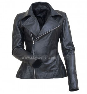 Fashion Show Anne Hathaway Black Moto Jacket