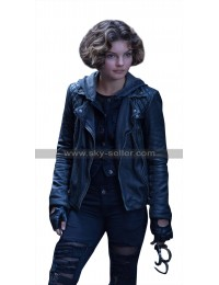 Gotham Catwoman (Selina Kyle) Quilted Shoulders Black Leather Hoodie Jacket