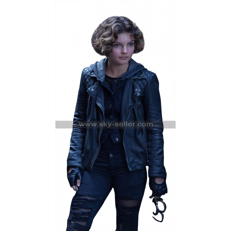 Gotham Catwoman Selina Kyle Quilted Shoulders Black Leather Hoodie